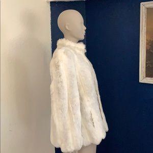 "Jordache Faux fur white shirt coat ""stunning"" lg."